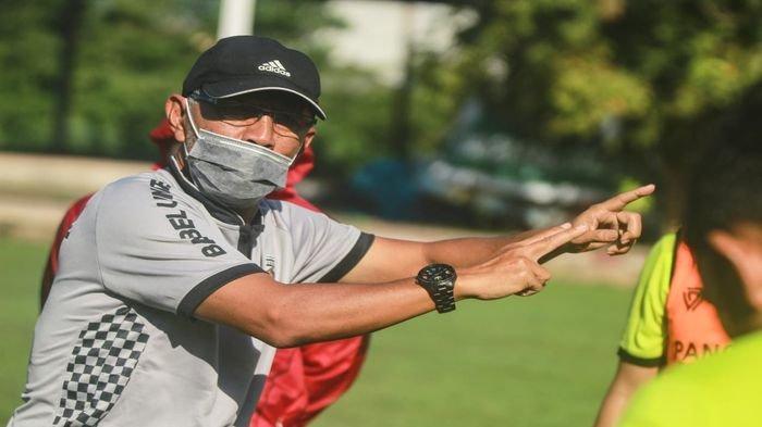 Kerap Diguyur Hujan, Head Coach Muba Babel United Banur Terhalang Jalan Sore Keliling Kompleks