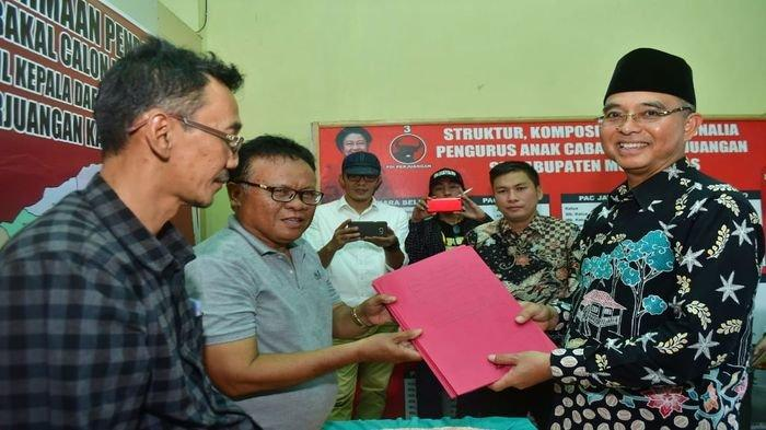 Hendra Gunawan Kembalikan Formulir Pendaftaran, di Mata PDIP Hendra Gunawan Miliki Nilai Plus