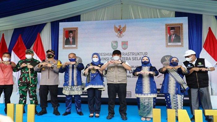 Herman Deru Resmikan Pembanguan Infrastruktur di Musi Rawas