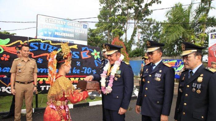 Cerminan Wajah Sumsel, Gubernur Herman Deru Dorong Imigrasi Tingkatkan Layanan