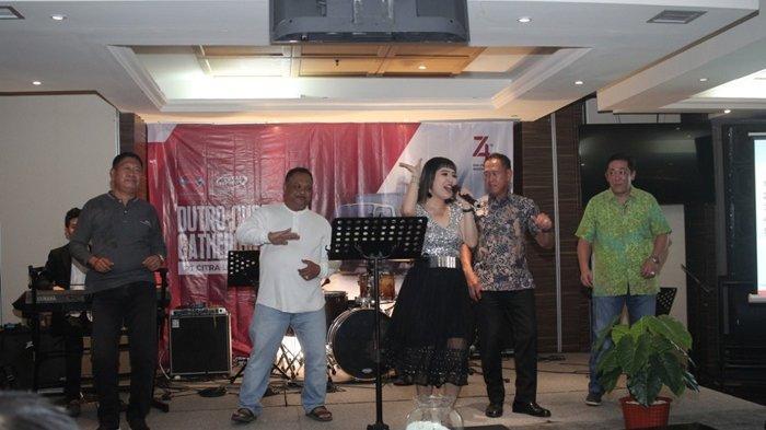 Hino Dutro Bukukan Penjualan 81 Unit Truk