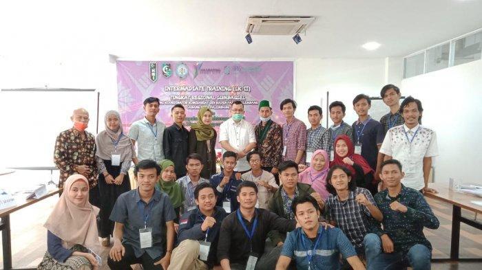 Beri Motivasi Mahasiswa HMI, Hendri Zainuddin Akui Berat Ngurus Sriwijaya FC - hmi1jpg.jpg