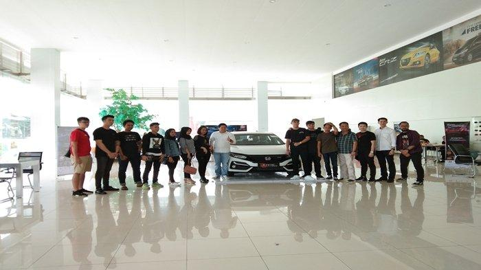 Usung Emblem RS, New Honda Civic Hatchback Tampil Semakin Sporty dan Seksi