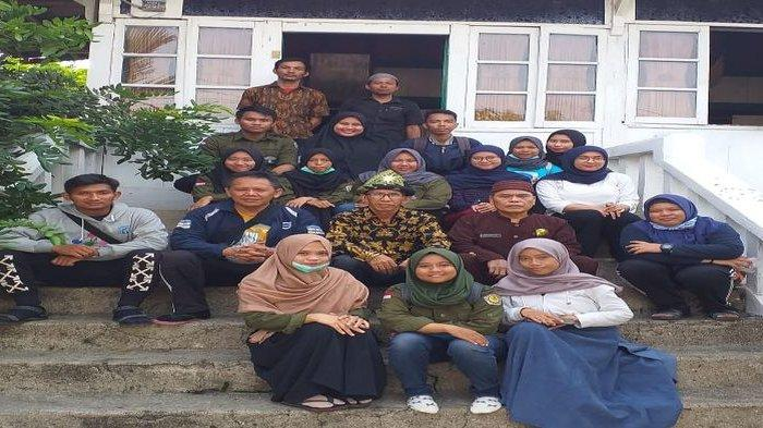 Kehadiran  RBSBM untuk Memenuhi Kebutuhan Masyarakat terhadap Minimnya Bacaan  Sejarah Budaya Melayu - idris2jpg.jpg