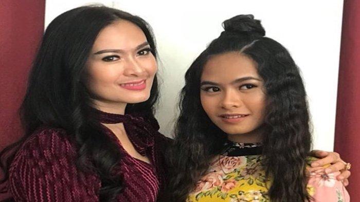 Iis Dahlia Sering Tunjukkan Gaya Glamour, Putrinya Malah Terciduk Jualan Puding di Pinggir Jalan
