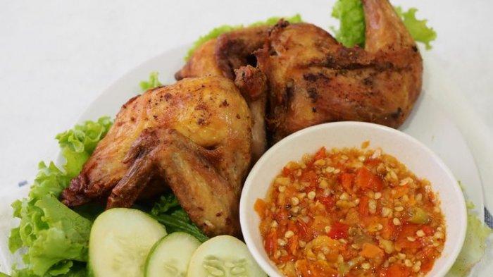 Resep Ayam Ungkep Bumbu Kuning ,Cocok untuk Stok Lauk Praktis di Rumah, Mau Makan Tinggal Goreng!