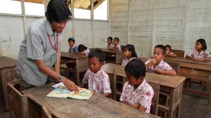 Akses Guru Untuk Jadi PNS Akan Dibatasi Pemerintah, Penerimaan Hanya Dilakukan Melalui Jalur Ini