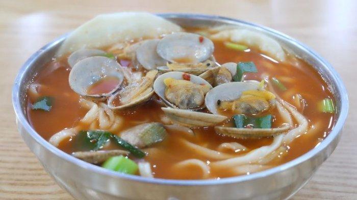 Kuliner Khas Imlek Sup Delapan Jenis, Hidangan Mewah dengan Cita Rasa Kuah Segar