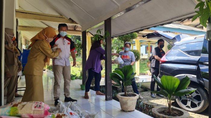 IMA Chapter Palembang berbagi kasih ke Panti Lansia Harapan Kita, Senin (03052021)