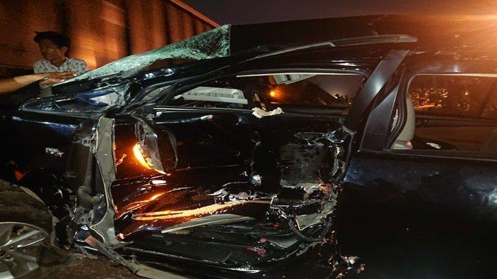 Kecelakaan Tadi Malam di OKU Timur, Innova Diseret Kereta Api Sejauh 200 M, Ada Pasutri di Mobil