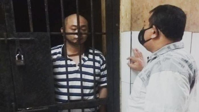 Jason Tjakrawinata, Pelaku Pemukulan Perawat RS Siloam <a href='https://manado.tribunnews.com/tag/palembang' title='Palembang'>Palembang</a> Terancam 2,8 Tahun Penjara