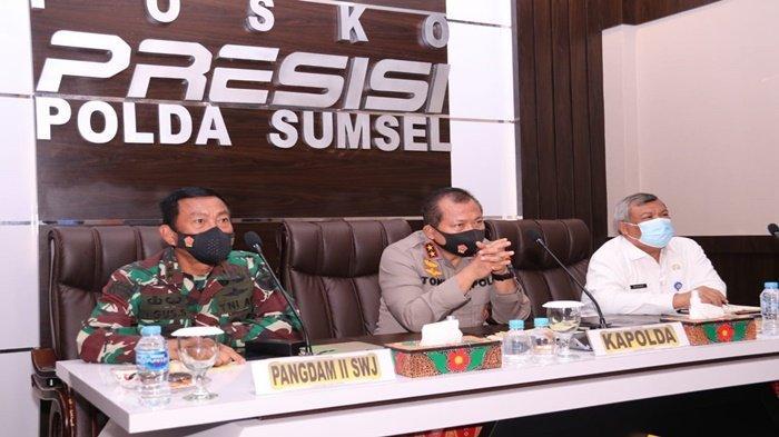 Kapolda Sumsel Bersama Forkopimda Sumsel Ikuti Vicon Launching Aplikasi Asap Digital Oleh Kapolri
