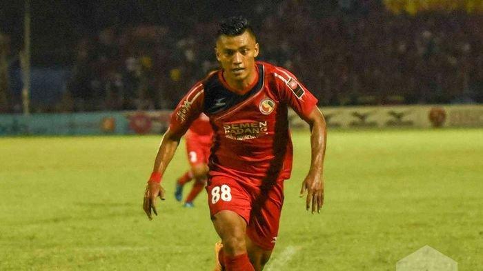 UPDATE Transfer : Persita Rekrut Eks Bali United, PSM Makassar Resmi Datangkan 3 Pemain Semen Padang