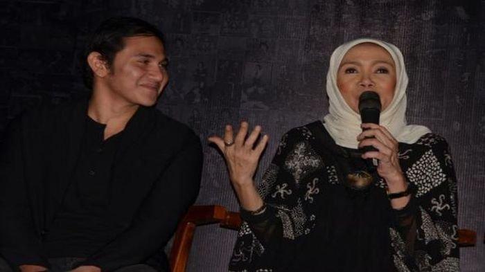 Potret Muda Bersama Chrisye Hiasi Pusara Yanti Noor, Dimakamkan Satu Liang dengan Suami