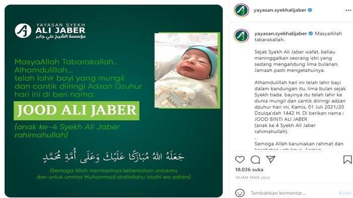 Istri Syekh Ali Jaber melahirkan