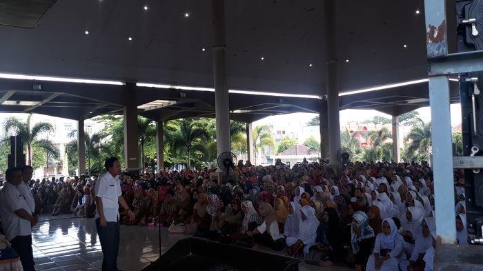 Isu Honorer Bakal Dihapus, Walikota Ridho Justru Pastikan Ribuan PHL Prabumulih Aman Hingga 2023