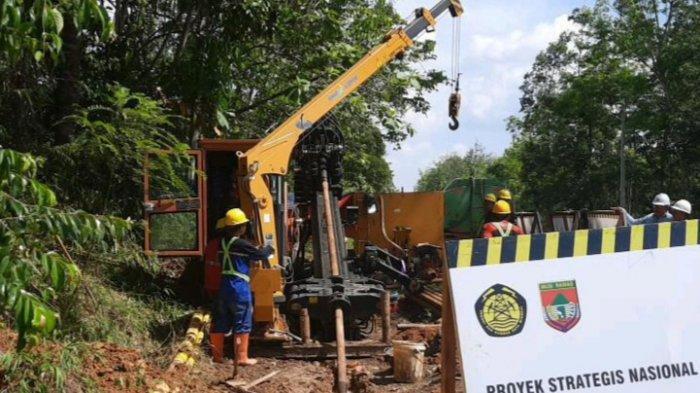 Pelaksanaan pemasangan jargas di Desa Lubuk Rumbai Kecamatan Tuah Negeri Kabupaten Musirawas.