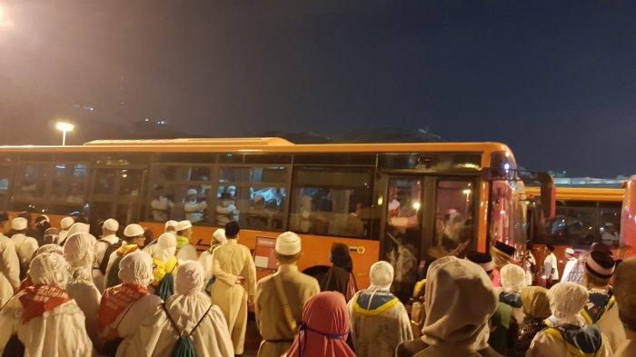 Haji 2020 Batal,Pria Paruh Baya di Palembang Ini Tarik Nafas Panjang, Teringat Impian Mendiang Istri