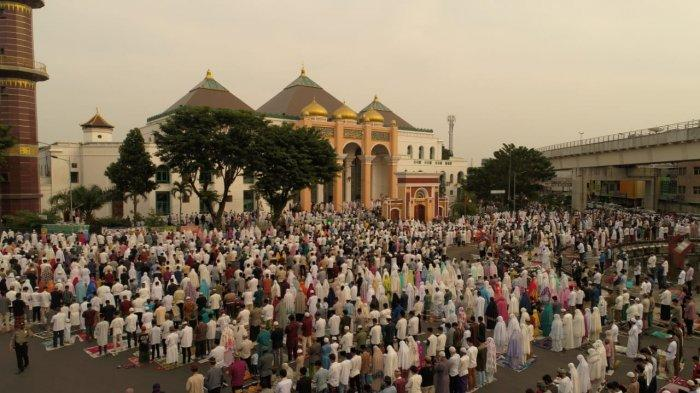 Masjid Agung Palembang Tidak Larang Warga Sholat Ied Berjemaah, Pengurus : Silahkan