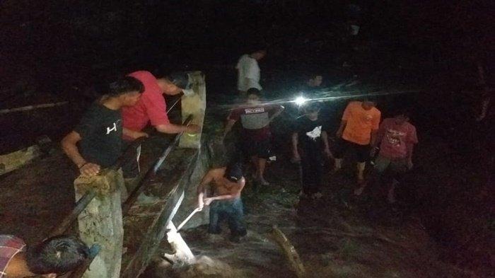 Hujan Semalaman di Pagaralam, Sungai Meluap Jembatan Cawang Amblas, Warga tak Bisa Melintas