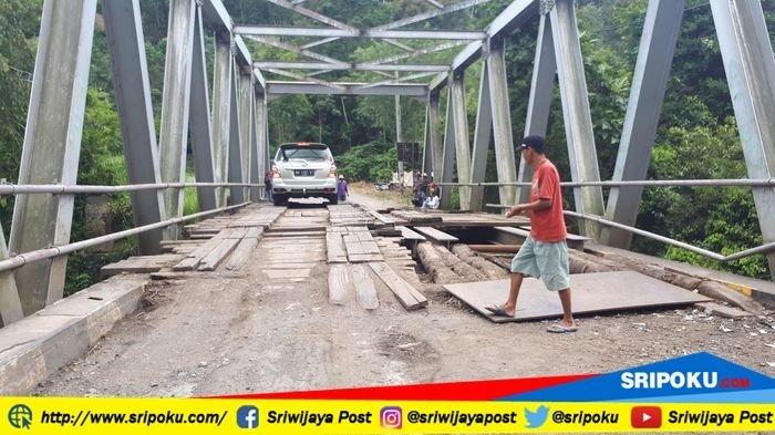 Jembatan Endikat Pagaralam Hanya Satu Jalur Saja, Jika Ternjadi Ini Maka Ditutup Total