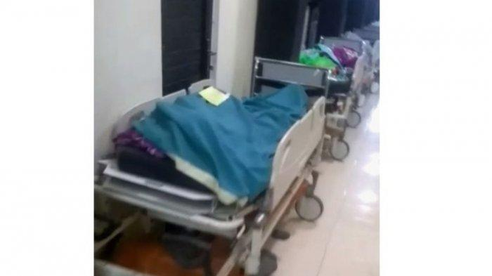 Jenazah Covid-19 Berjajar Antre untuk Dimandikan di RSUD Jombang