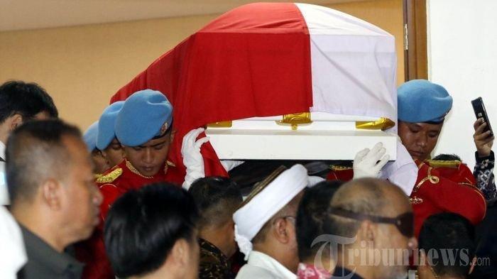 VIDEO LIVE STREAMING Detik-detik Prosesi Pemakaman BJ Habibie Pukul 13.30 WIB, Tonton di Sini
