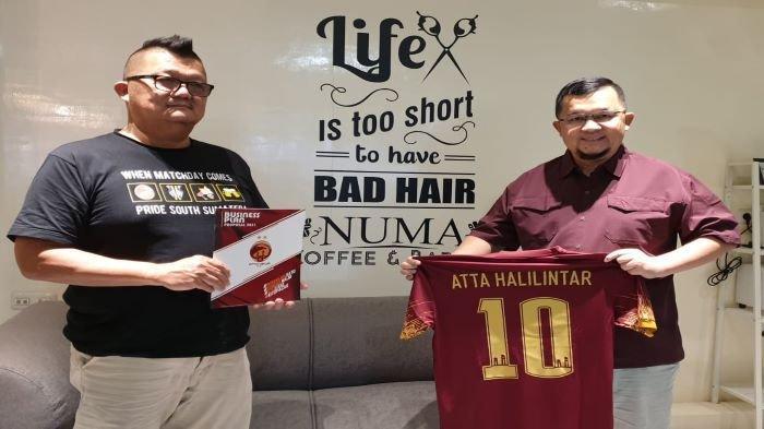 Akan Bertemu Dengan Atta Halilintar Bahas Sriwijaya FC, Hendri Zainuddin Siapkan Jersey Khusus