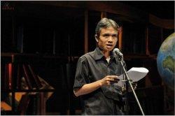 Puisi Justru Karya Penyair Joko Pinurbo