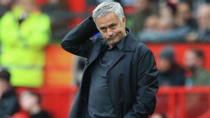 Sadar Diri, Jose Mourinho Tak Berharap Tottenham Hotspur Gila-gilaan di Bursa Transfer