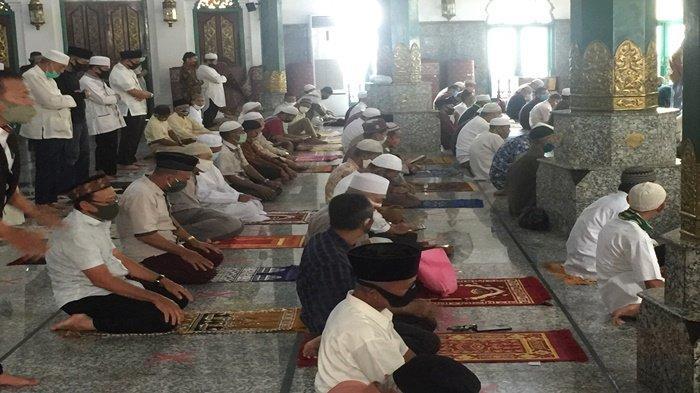 Inilah Amalan Penangkal dari Fitnah Dajjal, Bacalah Doa Ini Saat Sholat Tahiyat Akhir Sebelum Salam