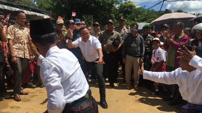 Ditantang Bersilat Dodi Reza Peragakan Jurus Silat Kuntau Muba