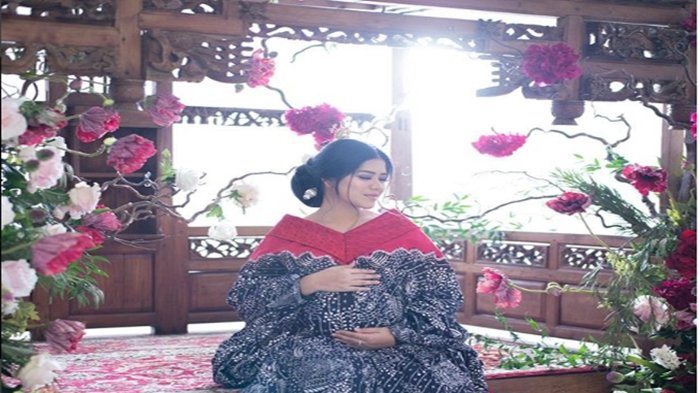 Unggah Foto Kehamilan, Kahiyang Ayu Tulis Pesan & Nasihat Tersirat Untuk Sang Anak Saat Dewasa