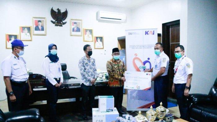 PT  KAI Berikan Bantuan Masker Senilai Rp. 410.000.000 pada Warga di Wilayah 0perasional Divre III