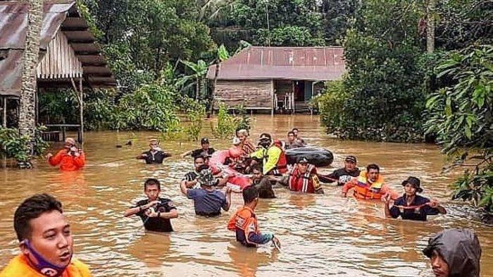 LAHIR Di Atas Perahu Saat Banjir Menerjang, Bayi Ini Dinamai Siti Noor Banjiriah: 'Alhamdulillah'