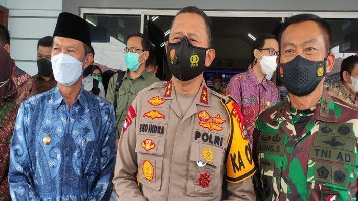 Polda Sumsel dan Polrestabes TNI Pemerintah Kota Palembang Tekan Penyebaran Covid 19