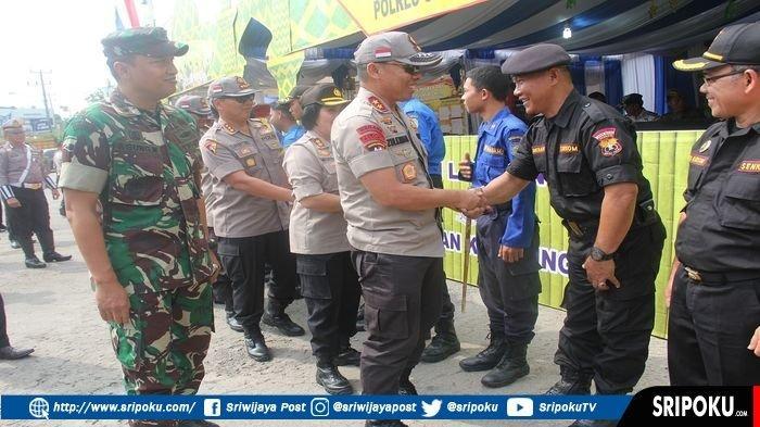 Kapolda Sumsel Puji Fasilitas dan Kesiapan Petugas di Pos Pelayanan Mudik Batukuning Baturaja OKU