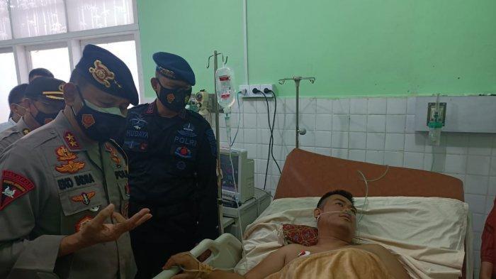 Kapolda Sumsel Besuk Personel Brimob Polda Sumsel BKO Polda Jambi yang Alami Kecelakaandi Kerinci