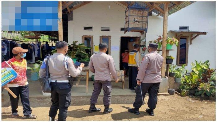 Kapolres Pagaralam AKBP Dolly Datangi Rumah Seorang Pasien Covid-19 di Kelurahan Burung Dinang