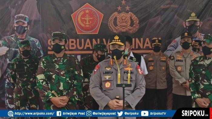 Kapolri dan Panglima TNI Saksikan Vaksinasi 2.000 Babinsa dan Bhabinkamtibmas di Pakri Palembang