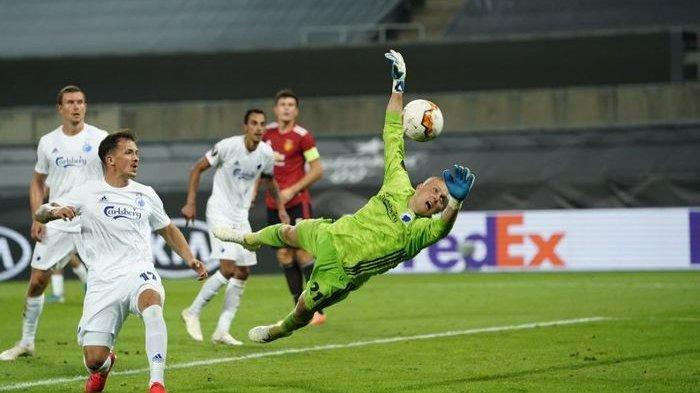 Penyelamatan Karl-Johan Johnsson, Kiper FC Copenhagen yang Buat MU Kewalahan