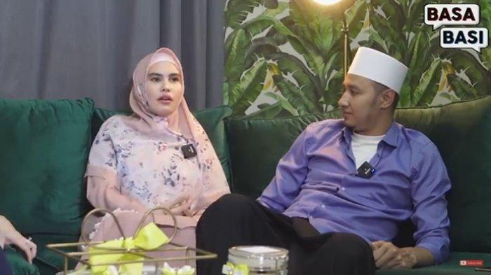 Bak Petir di Siang Bolong, Kartika Putri Ancam Mau Buka Jilbab Gara-gara Kelakuan Habib Usman:Cantik