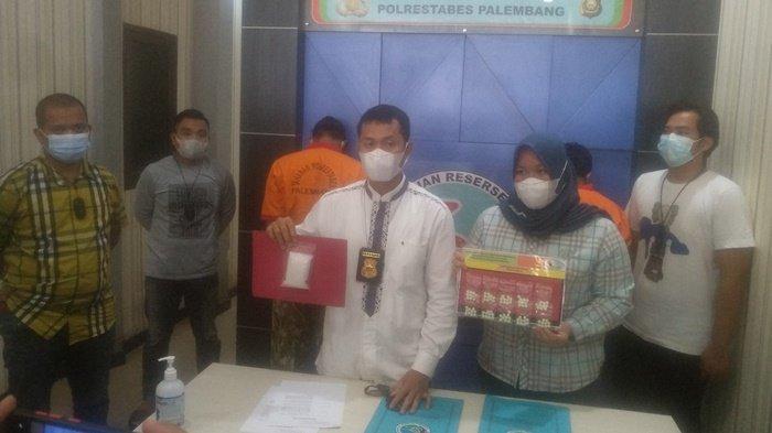 Diupah Rp1 Juta, Kurir Sabu di Palembang Ini Diringkus Saat Antarkan Paket 102 Gram