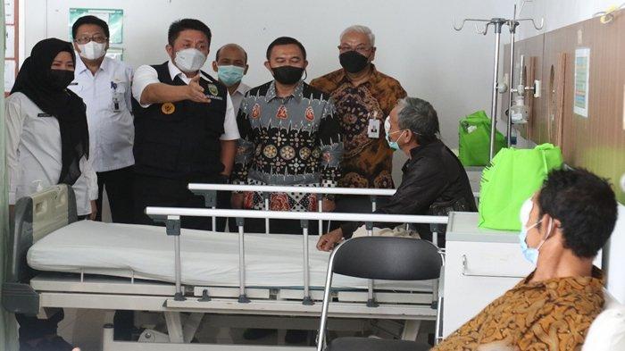 Puluhan Lansia Ikut Operasi Katarak di Rumah Sakit Mata Sumsel, BSB Targetkan Pasien Lebih Banyak