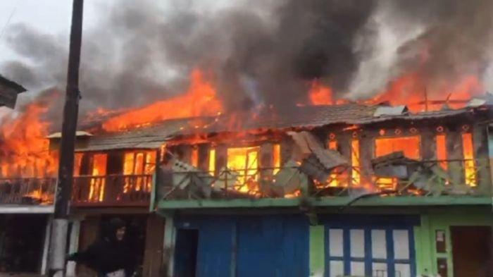 5 Ruko Semi Permanen Milik 5 Bersaudara di Baturaja Timur OKU, Hangus Terbakar, Kerugian Rp 700 Juta