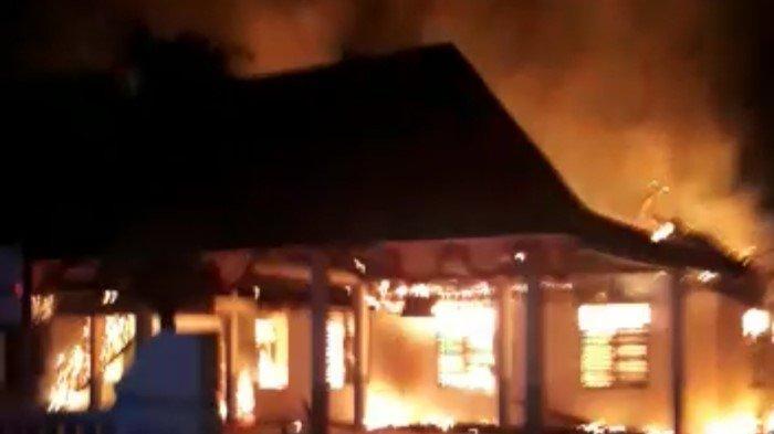 KRONOLOGI Kantor Desa Batumarta OKU Timur Terbakar, Arsip Desa Bikin Api Cepat Membesar