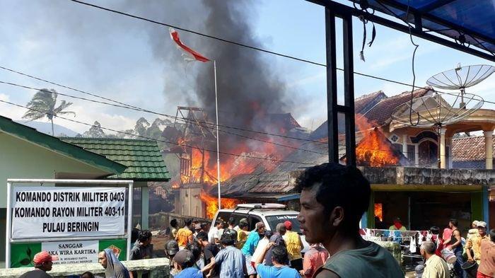 Diduga Korsleting Listrik, Sebuah Rumah Panggung di Kabupaten OKU Selatan Hangus Terbakar