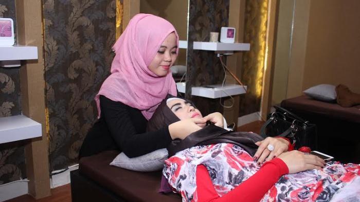 Banyak Promo di Tewink Salon Muslimah OPI Mall