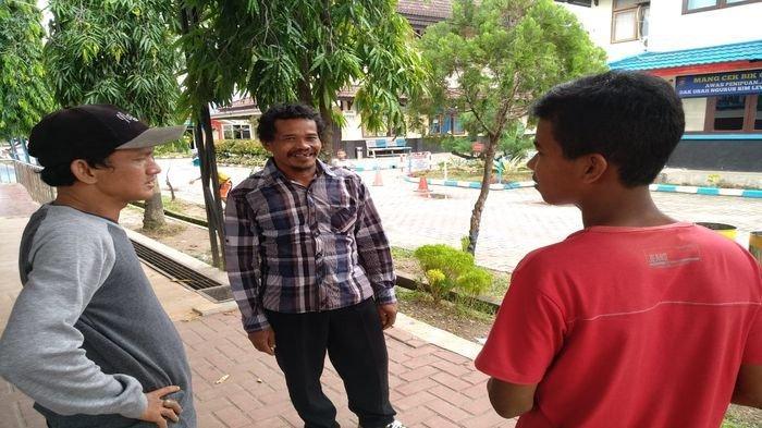Simpan HP di Dalam Tas, Pemuda Ini Kecopan di Pasar Burung Palembang