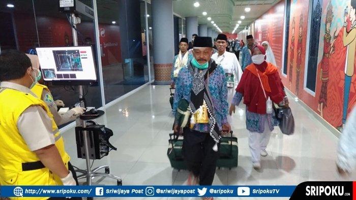 447 Jamaah Haji Kloter 1 Tiba di Palembang, Sampai Saat Ini Total Ada 8 Jamaah Yang Meninggal